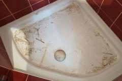 Dusche in Vorbereitung für die Neuverfugung
